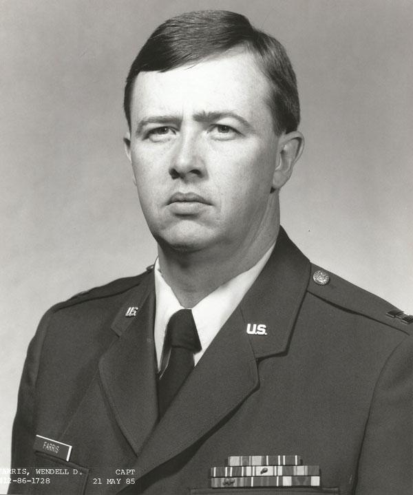 W. Dwight Farris, Capt, USAF